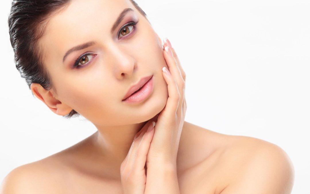 Co powoduje przebarwienia skóry?